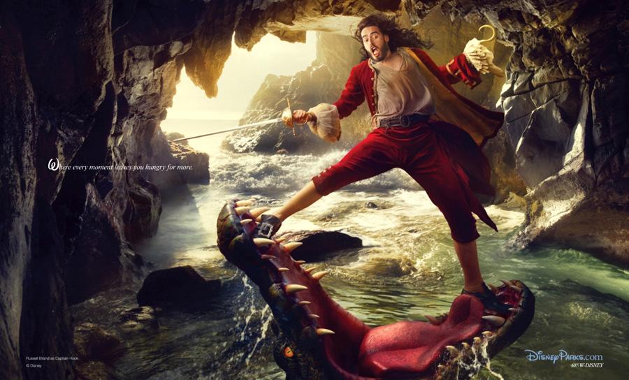Los Piratas del Caribe. Russel Brand como el Capitán Garfio