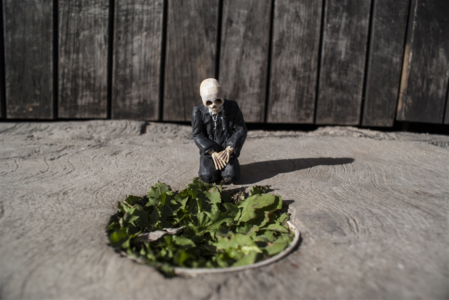 Isaac Cordal Cement Ecplipses-7