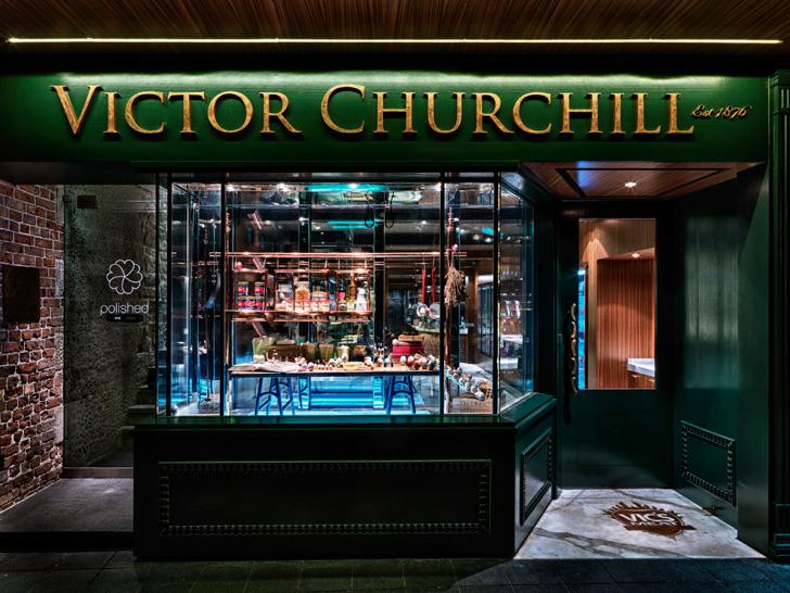 Victor Chuchill-05
