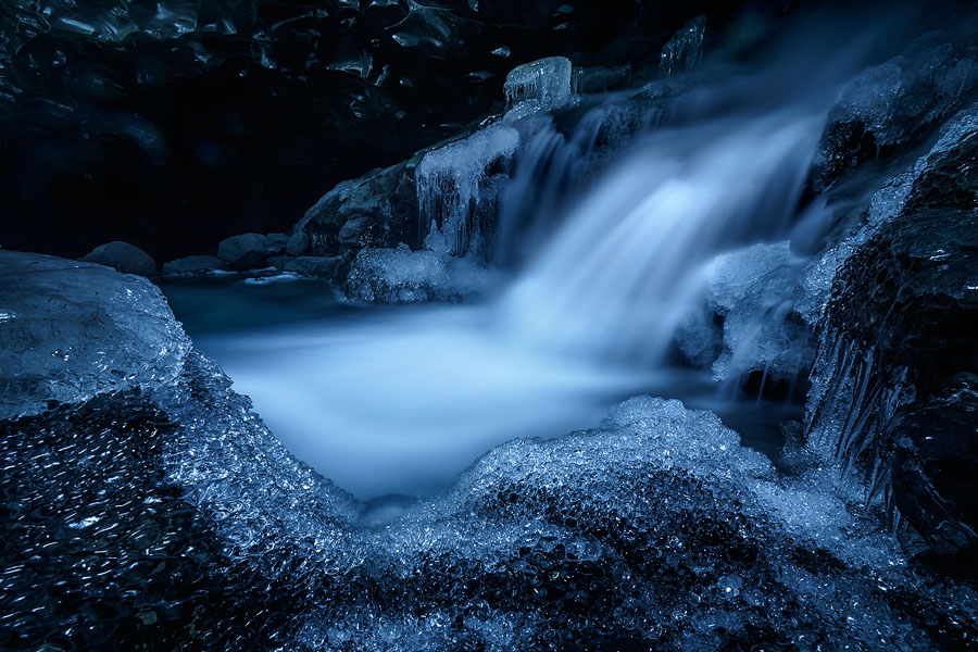 m_breidamerkurjokull_ice_cave_29-12-2013_7